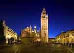 150px-Plaza_Virgen_de_los_Reyes,_Seville,_Spain_-_Sep_2009